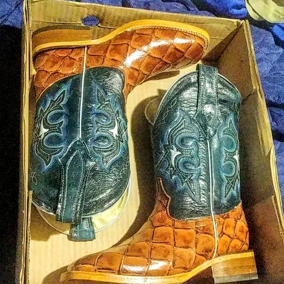 Unisex Cowboy Boots by Potrillos